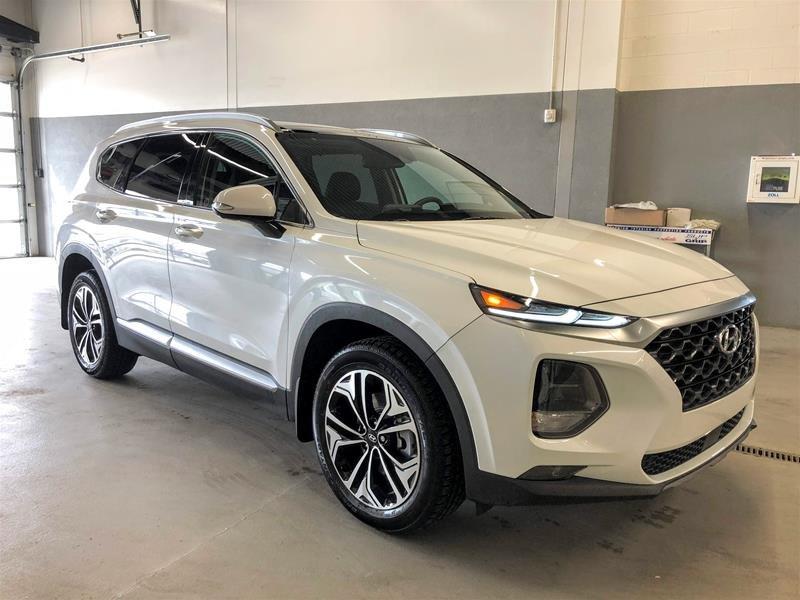 2020 Hyundai Santa Fe Ultimate AWD 2.0T in Regina, Saskatchewan - 2 - w1024h768px