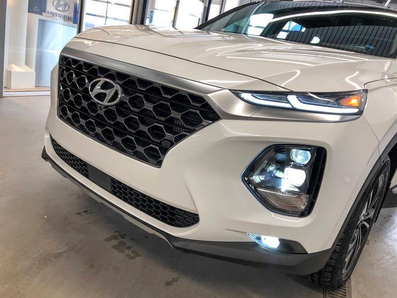 2020 Hyundai Santa Fe Ultimate AWD 2.0T in Regina, Saskatchewan - 17 - w1024h768px