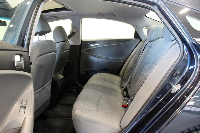 2013 Hyundai Sonata GLS at in Regina, Saskatchewan - 10 - w1024h768px