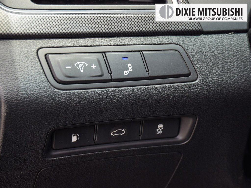 2015 Hyundai Sonata Sport at in Mississauga, Ontario - 21 - w1024h768px