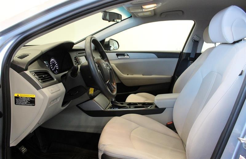 2015 Hyundai Sonata GL at in Regina, Saskatchewan - 10 - w1024h768px