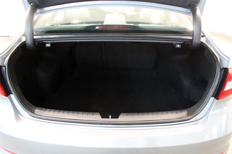 2015 Hyundai Sonata GL at in Regina, Saskatchewan - 16 - w1024h768px