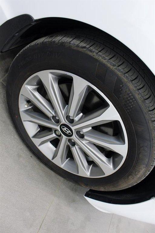2017 Hyundai Sonata Limited in Regina, Saskatchewan - 18 - w1024h768px