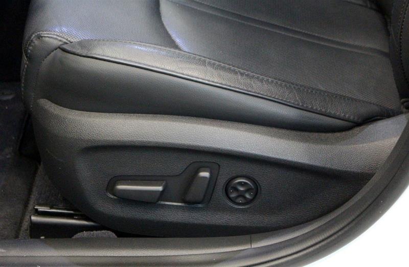 2017 Hyundai Sonata Limited in Regina, Saskatchewan - 11 - w1024h768px