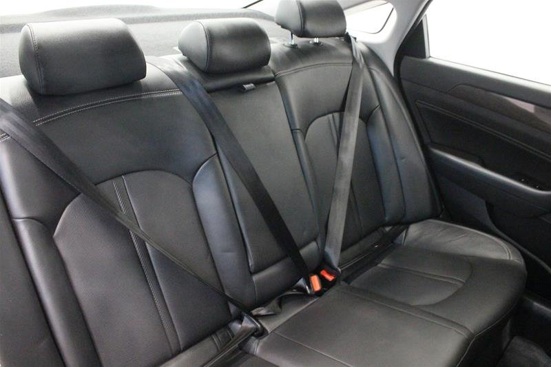 2018 Hyundai Sonata Hybrid GLS in Regina, Saskatchewan - 13 - w1024h768px