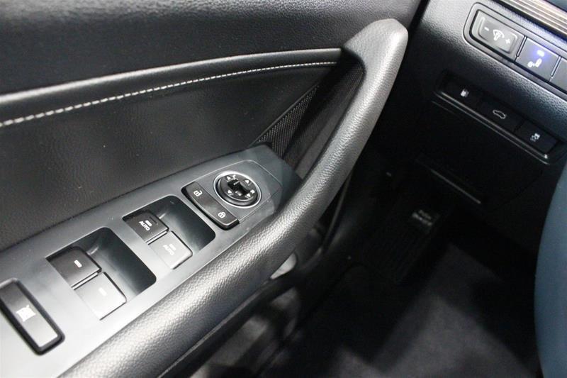 2018 Hyundai Sonata Hybrid GLS in Regina, Saskatchewan - 3 - w1024h768px