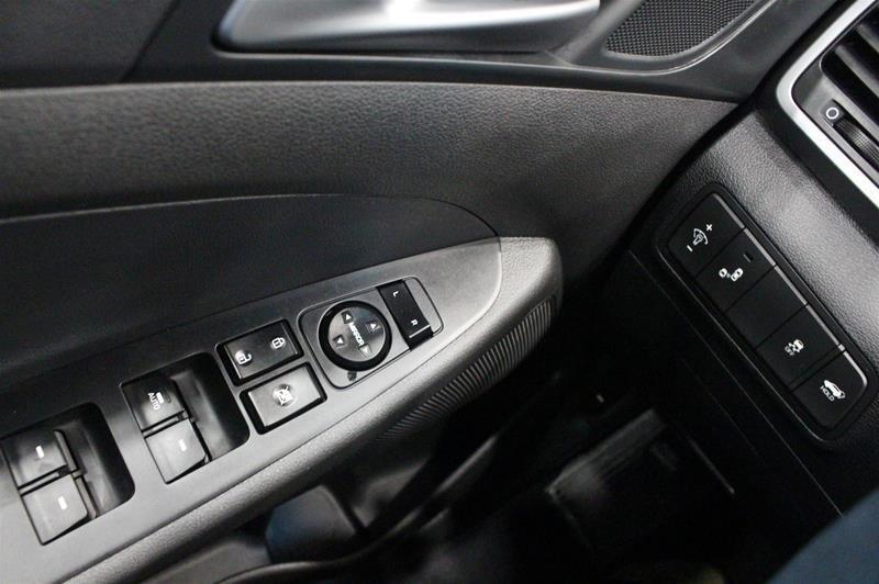 2016 Hyundai Tucson AWD 1.6T Limited in Regina, Saskatchewan - 3 - w1024h768px