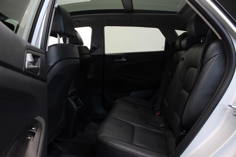 2018 Hyundai Tucson AWD 2.0L SE in Regina, Saskatchewan - 11 - w1024h768px