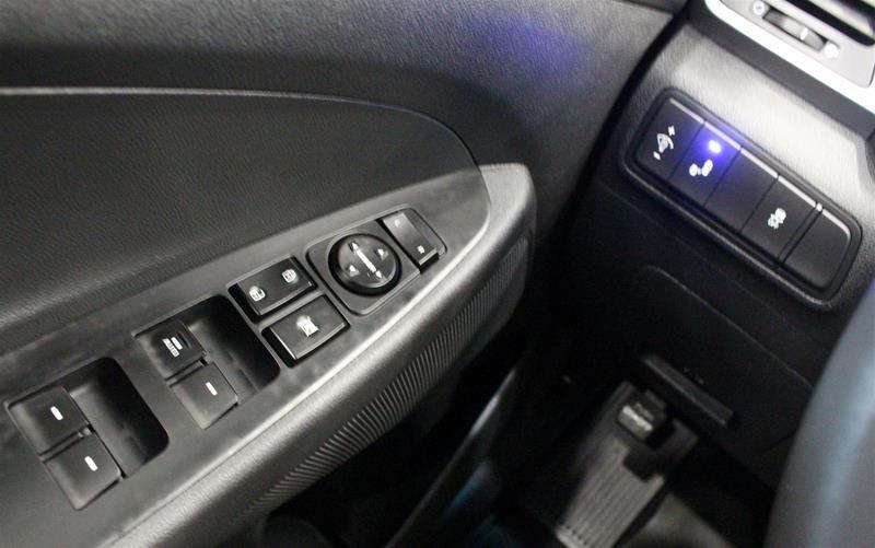 2018 Hyundai Tucson AWD 2.0L SE in Regina, Saskatchewan - 3 - w1024h768px