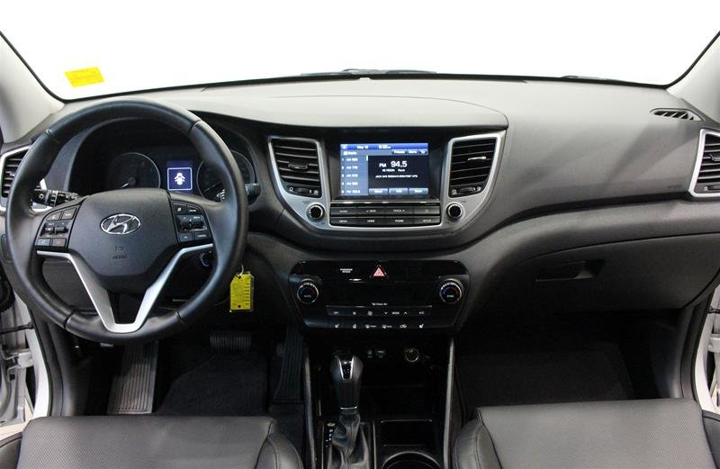 2018 Hyundai Tucson AWD 2.0L SE in Regina, Saskatchewan - 14 - w1024h768px