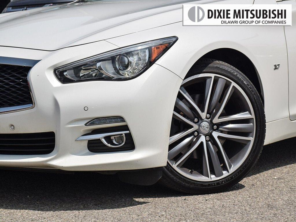 2015 Infiniti Q50 AWD in Mississauga, Ontario - 6 - w1024h768px