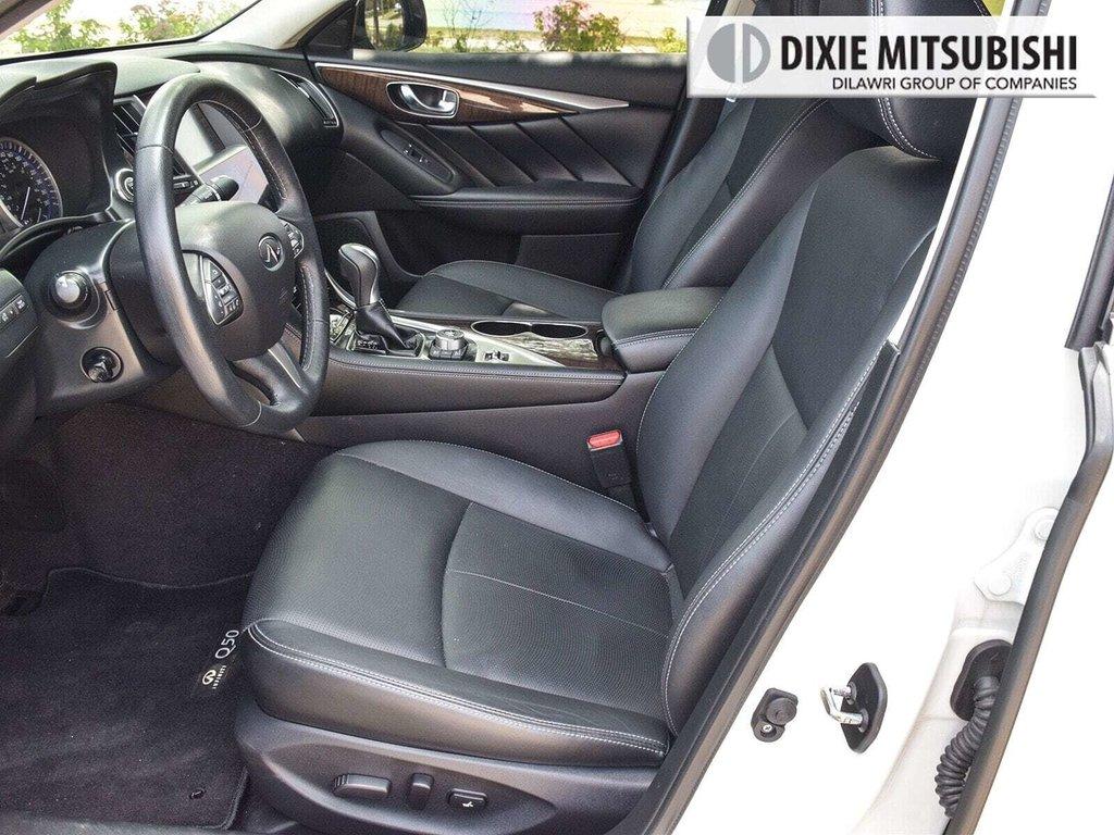 2015 Infiniti Q50 AWD in Mississauga, Ontario - 10 - w1024h768px