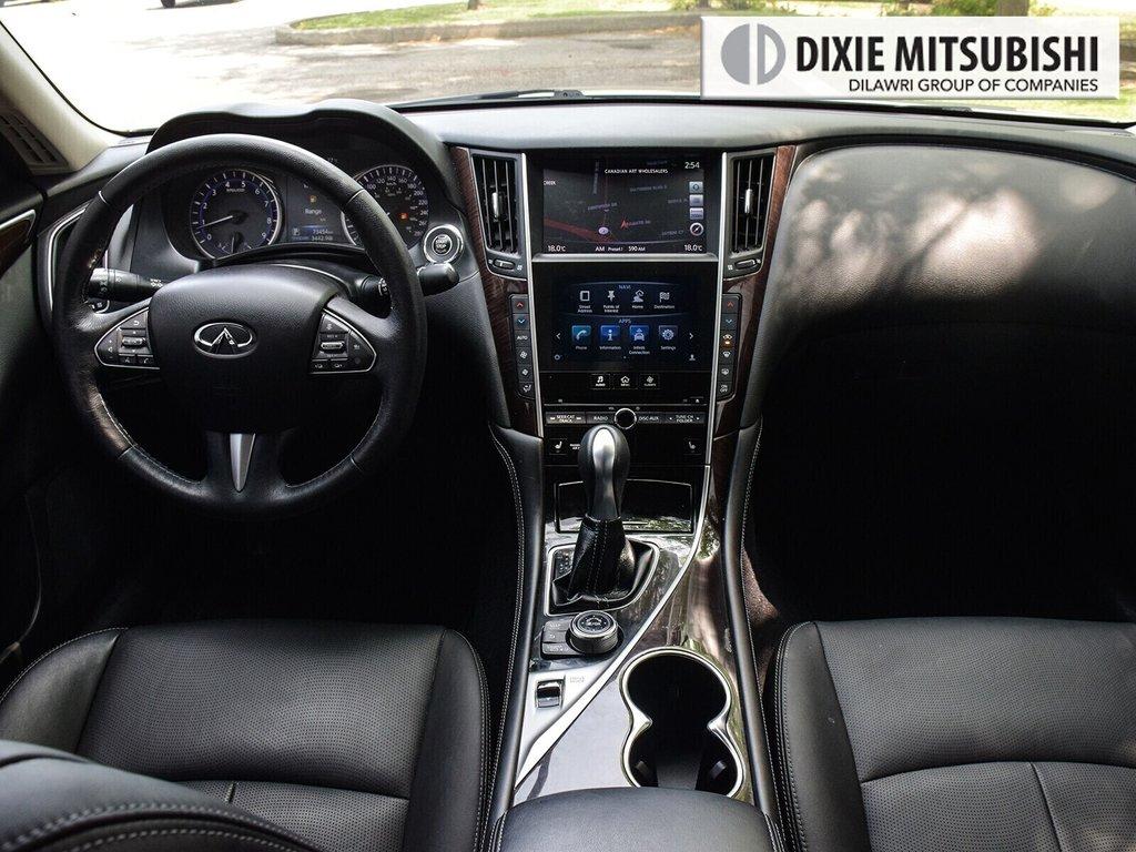 2015 Infiniti Q50 AWD in Mississauga, Ontario - 12 - w1024h768px