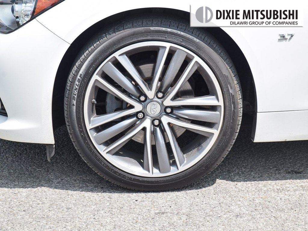 2015 Infiniti Q50 AWD in Mississauga, Ontario - 7 - w1024h768px