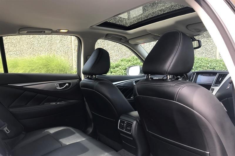 2015 Infiniti Q50 AWD in North Vancouver, British Columbia - 4 - w1024h768px