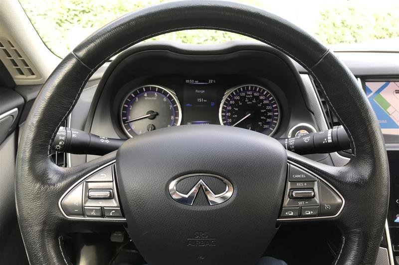 2015 Infiniti Q50 AWD in North Vancouver, British Columbia - 2 - w1024h768px