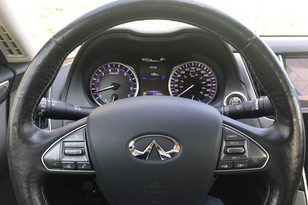 2015 Infiniti Q50 AWD in North Vancouver, British Columbia - 5 - w1024h768px