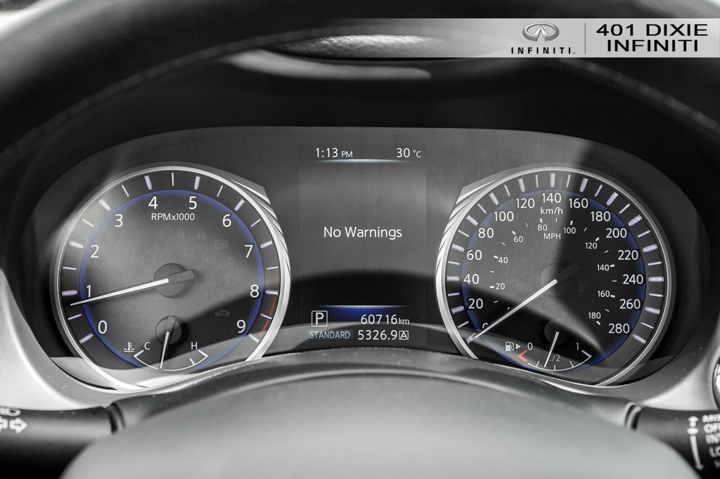 2015 Infiniti Q50 AWD in Mississauga, Ontario - 11 - w1024h768px