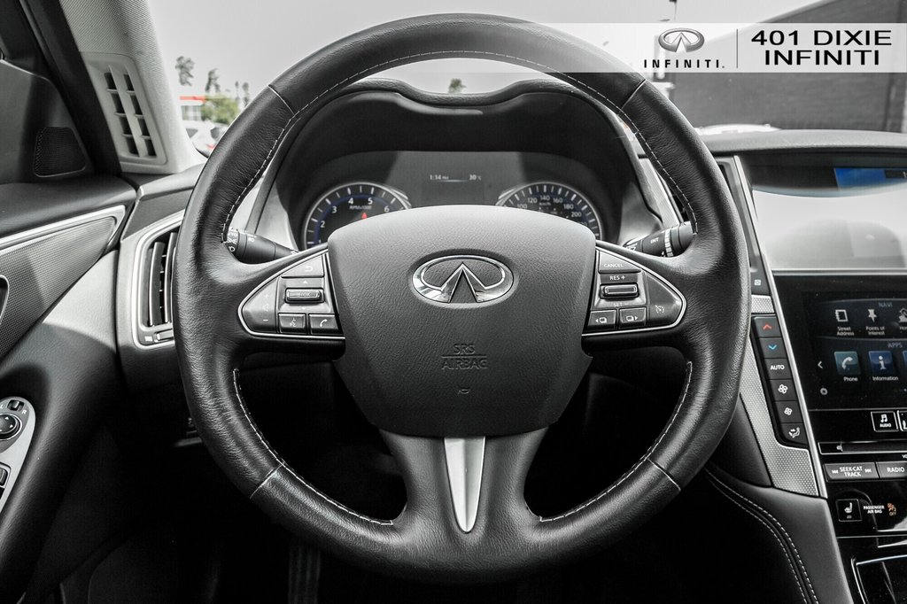 2015 Infiniti Q50 AWD in Mississauga, Ontario - 10 - w1024h768px