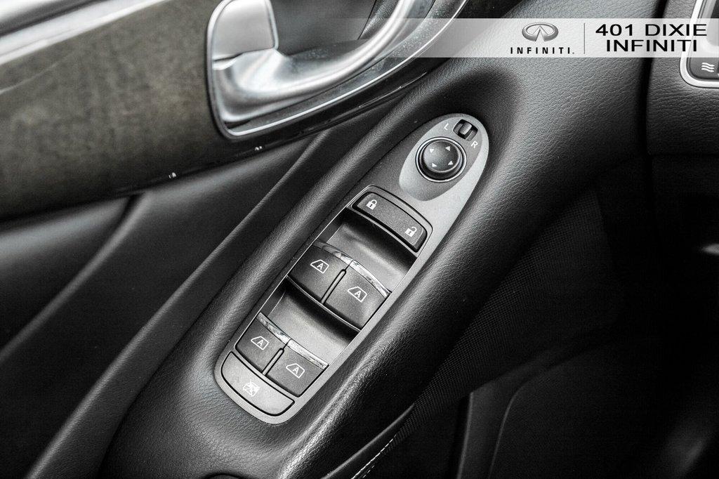 2015 Infiniti Q50 AWD in Mississauga, Ontario - 14 - w1024h768px