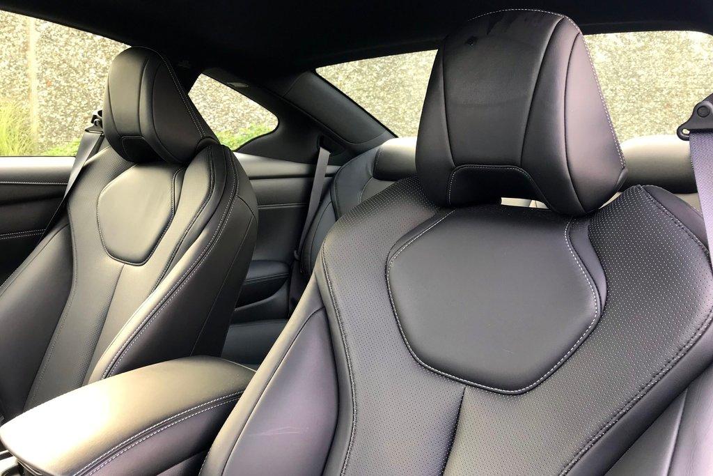 2018 Infiniti Q60 3.0T Sport AWD in North Vancouver, British Columbia - 6 - w1024h768px