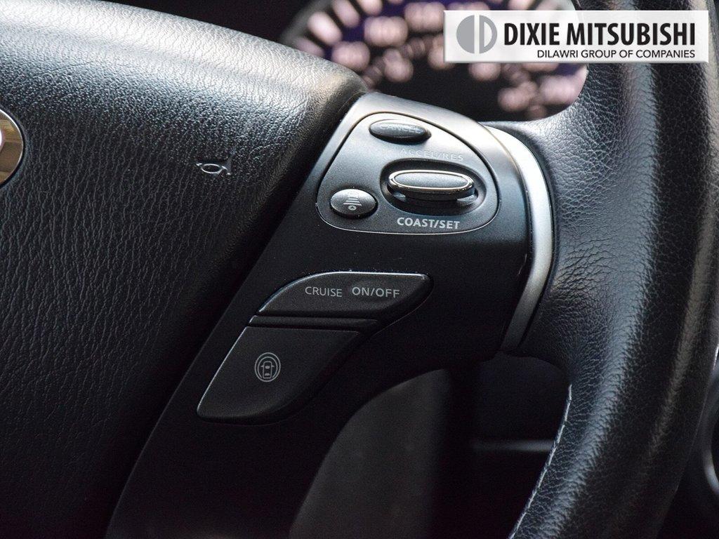 2016 Infiniti QX60 AWD in Mississauga, Ontario - 15 - w1024h768px