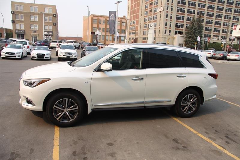 2017 Infiniti QX60 AWD in Regina, Saskatchewan - 3 - w1024h768px