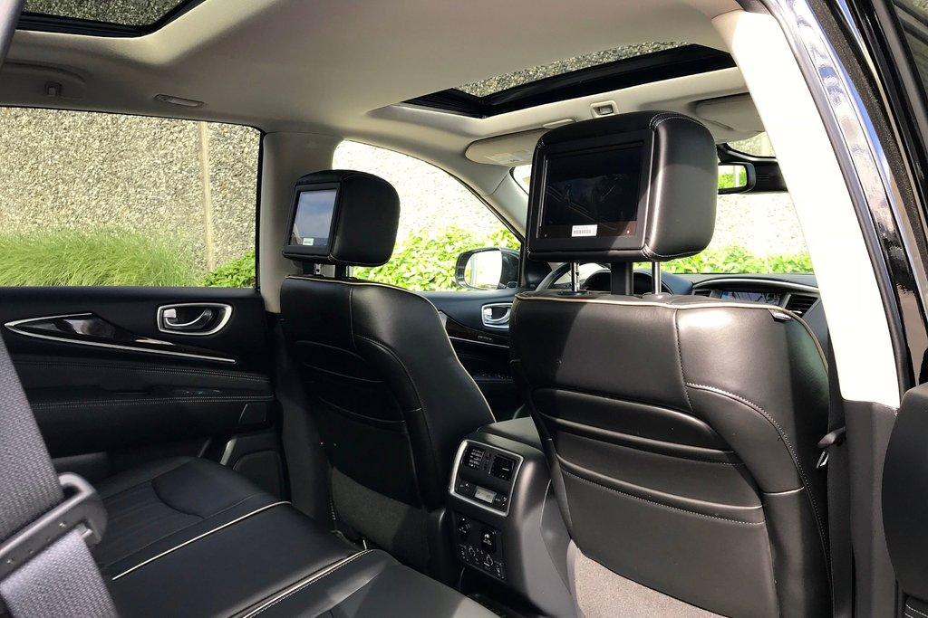 2018 Infiniti QX60 AWD in North Vancouver, British Columbia - 12 - w1024h768px