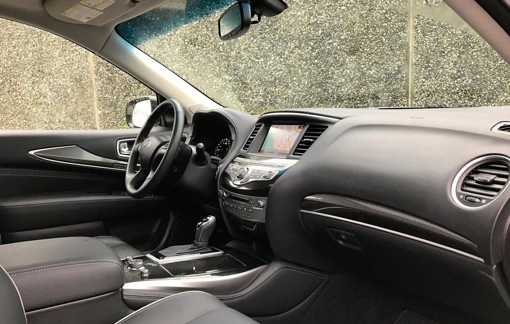 2018 Infiniti QX60 AWD in North Vancouver, British Columbia - 10 - w1024h768px