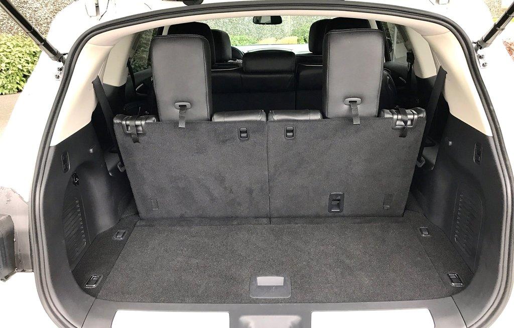 2018 Infiniti QX60 AWD in North Vancouver, British Columbia - 11 - w1024h768px