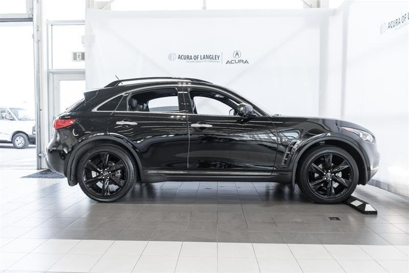 2017 Infiniti QX70 Sport in Langley, British Columbia - 24 - w1024h768px
