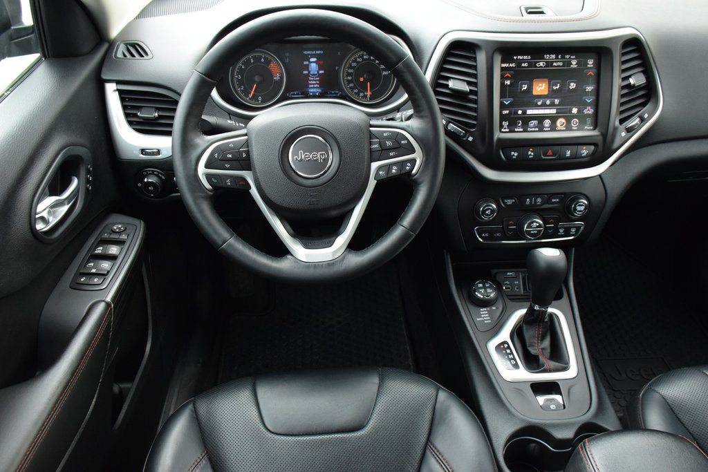 2016 Jeep Cherokee 4x4 Trailhawk in Bolton, Ontario - 26 - w1024h768px