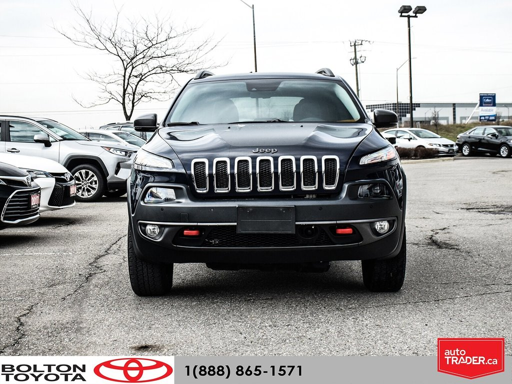 2016 Jeep Cherokee 4x4 Trailhawk in Bolton, Ontario - 2 - w1024h768px