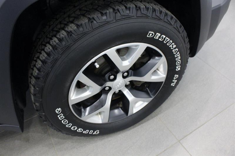 2018 Jeep Cherokee 4x4 Trailhawk L PLUS, Panorama Sunroof, Leather in Regina, Saskatchewan - 18 - w1024h768px