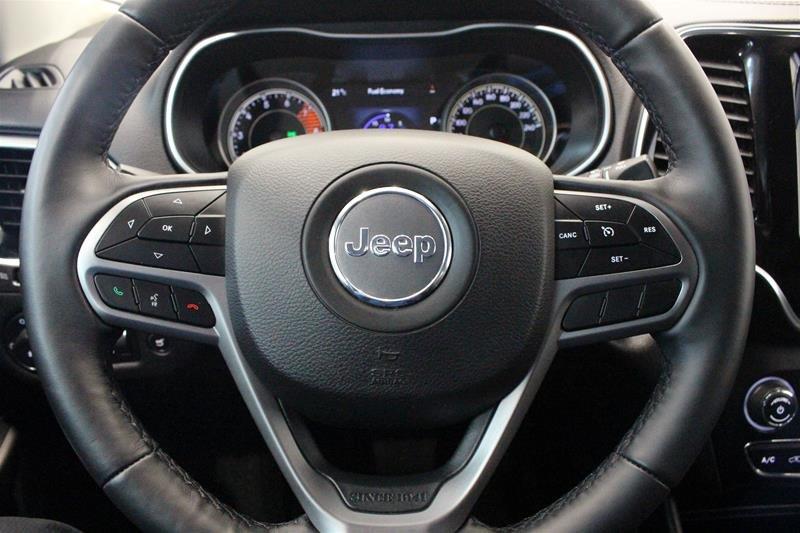 2019 Jeep Cherokee 4x4 Limited in Regina, Saskatchewan - 6 - w1024h768px