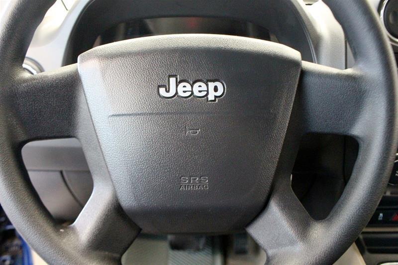 2010 Jeep Compass Sport 4D Utility 4WD in Regina, Saskatchewan - 7 - w1024h768px