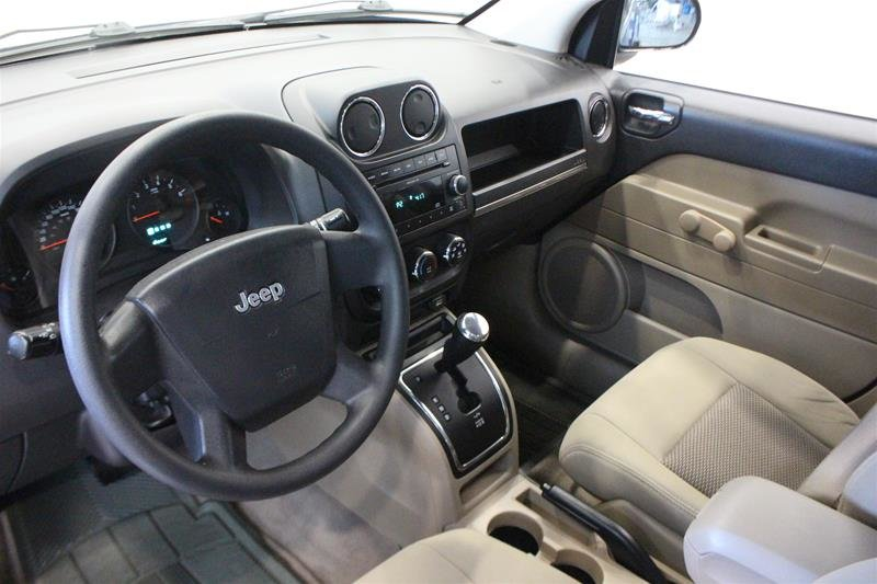 2010 Jeep Compass Sport 4D Utility 4WD in Regina, Saskatchewan - 9 - w1024h768px