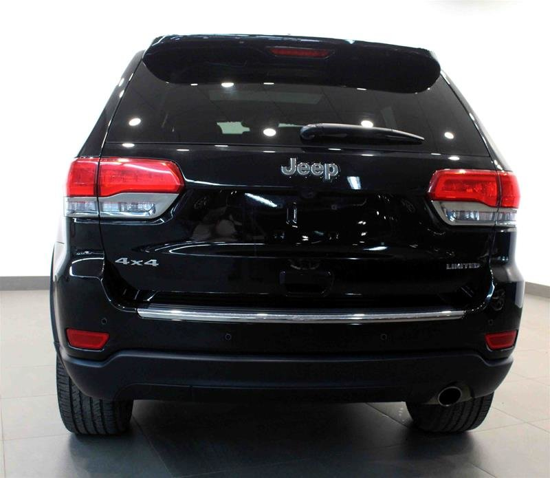 2018 Jeep Grand Cherokee 4X4 Limited Luxury II, Pano Roof, Navi, Park Sensors in Regina, Saskatchewan - 17 - w1024h768px