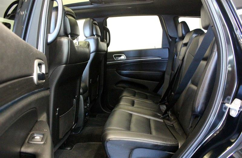 2018 Jeep Grand Cherokee 4X4 Limited Luxury II, Pano Roof, Navi, Park Sensors in Regina, Saskatchewan - 12 - w1024h768px