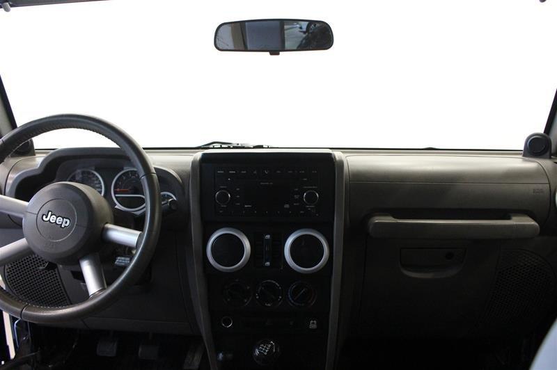 2008 Jeep Wrangler Unlimited Sahara 4D Utility 4WD in Regina, Saskatchewan - 7 - w1024h768px