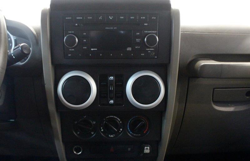 2008 Jeep Wrangler Unlimited Sahara 4D Utility 4WD in Regina, Saskatchewan - 6 - w1024h768px