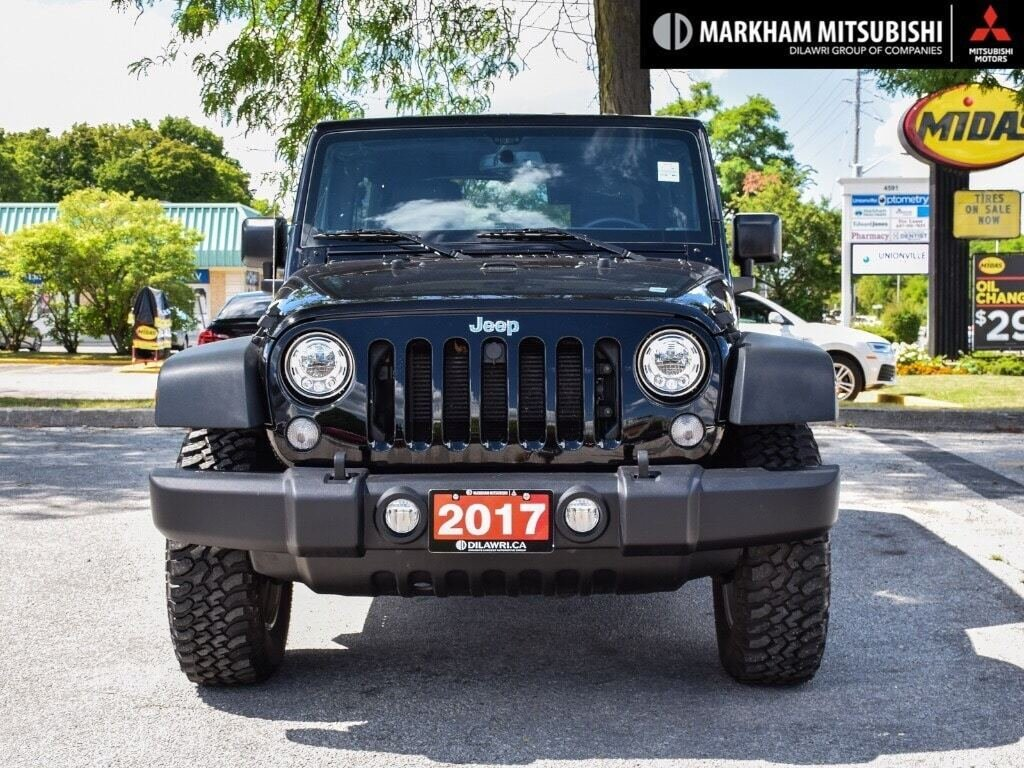 2017 Jeep Wrangler Unlimited Rubicon in Markham, Ontario - 2 - w1024h768px