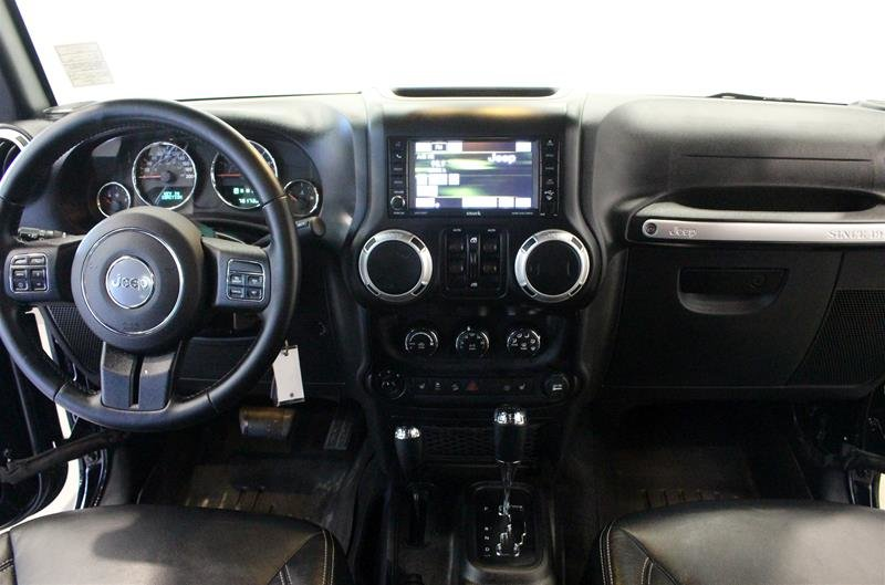 2016 Jeep Wrangler Unlimited Sahara Leather, Navigation, Heated Seats in Regina, Saskatchewan - 12 - w1024h768px