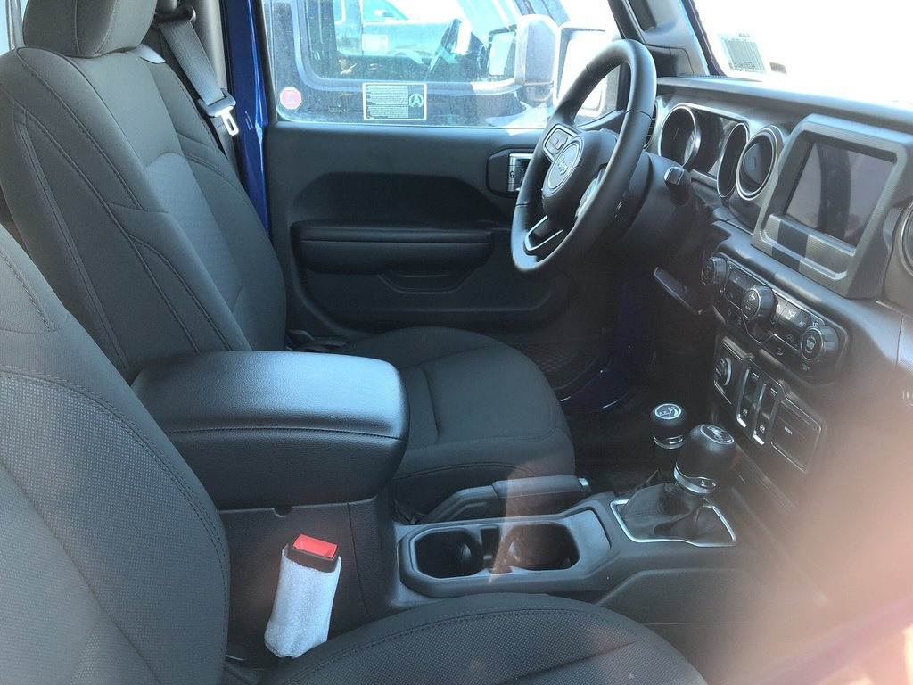 2018 Jeep Wrangler Jl Sport in Regina, Saskatchewan - 4 - w1024h768px