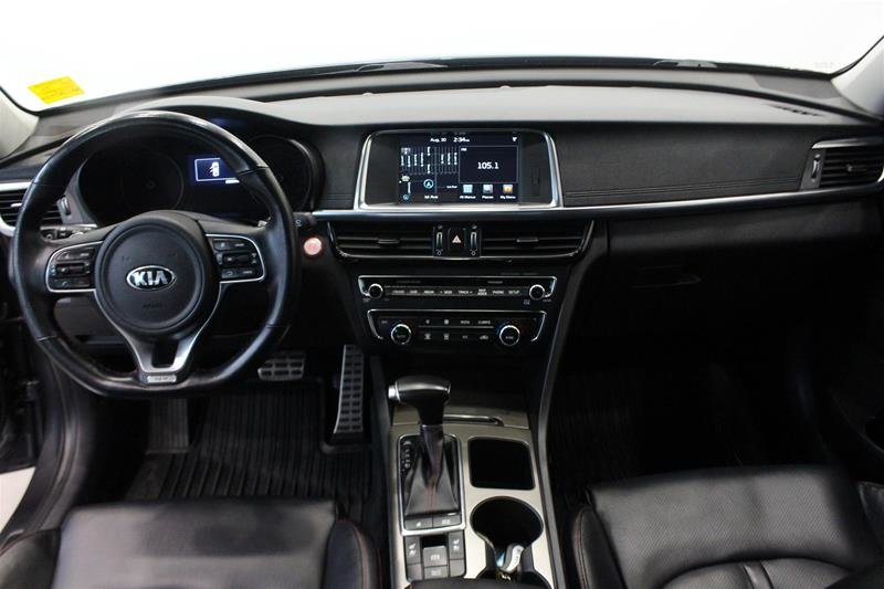 2016 Kia Optima SX Turbo in Regina, Saskatchewan - 14 - w1024h768px
