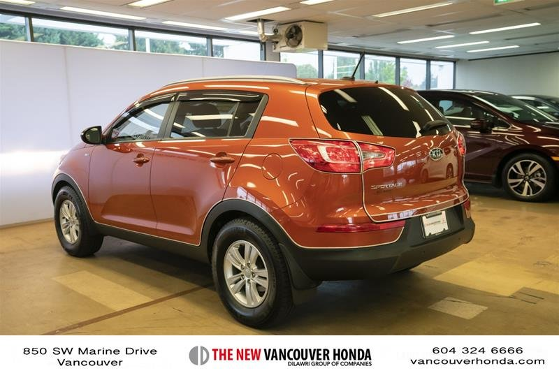 2011 Kia Sportage 2.4L LX AWD at in Vancouver, British Columbia - 7 - w1024h768px