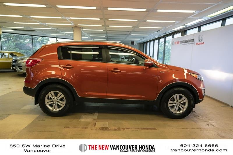 2011 Kia Sportage 2.4L LX AWD at in Vancouver, British Columbia - 4 - w1024h768px
