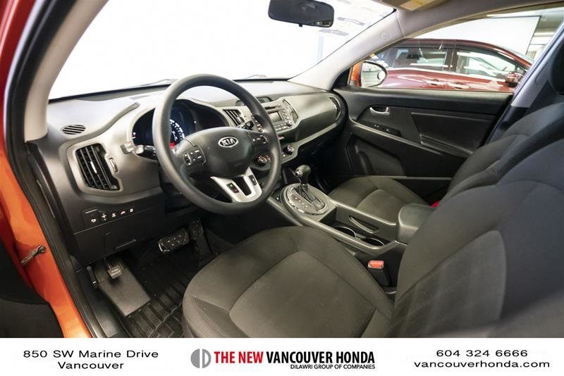 2011 Kia Sportage 2.4L LX AWD at in Vancouver, British Columbia - 11 - w1024h768px