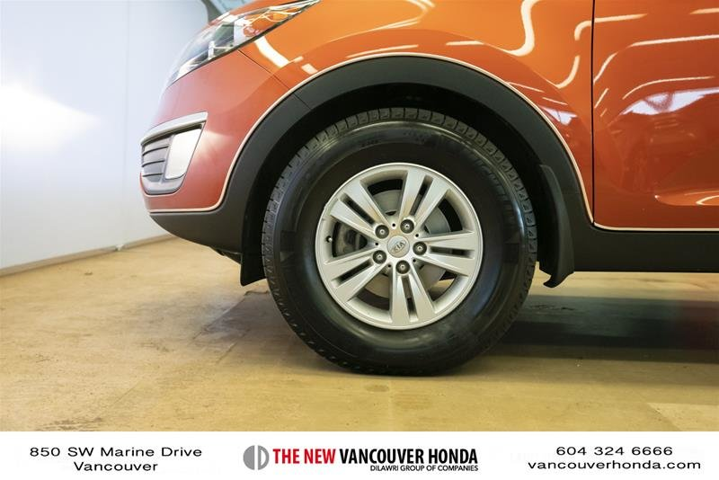 2011 Kia Sportage 2.4L LX AWD at in Vancouver, British Columbia - 9 - w1024h768px