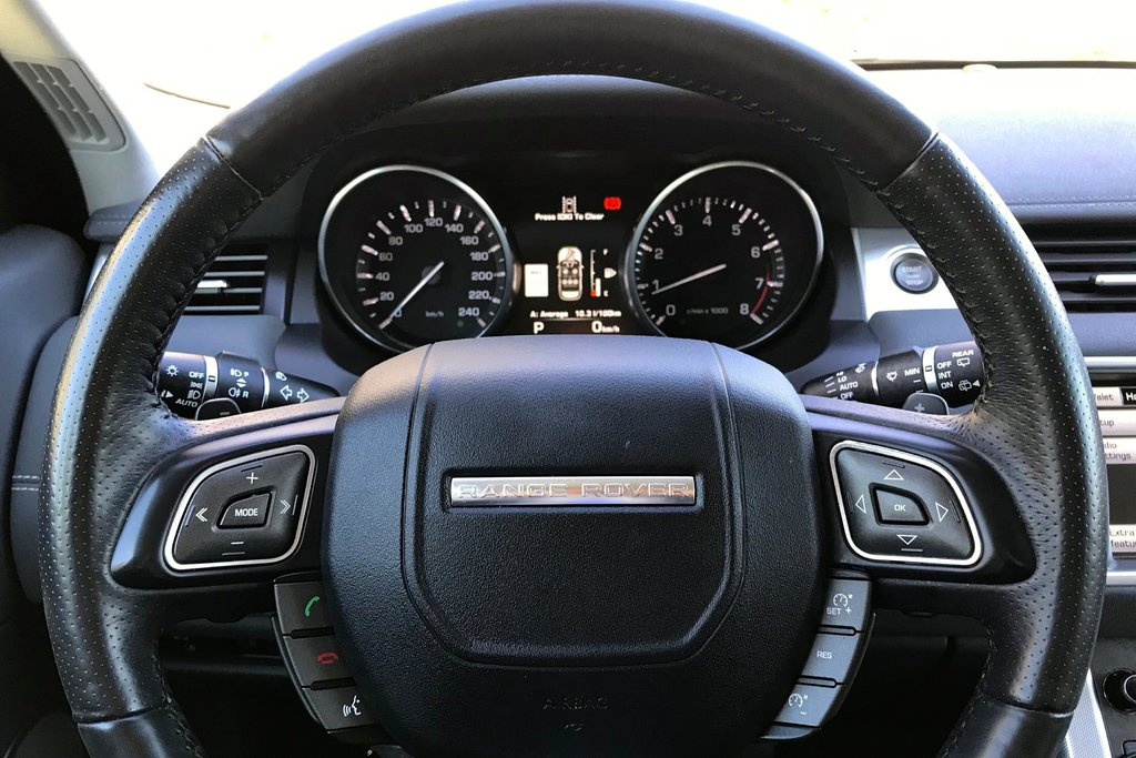 2015 Land Rover Range Rover Evoque Dynamic in North Vancouver, British Columbia - 12 - w1024h768px